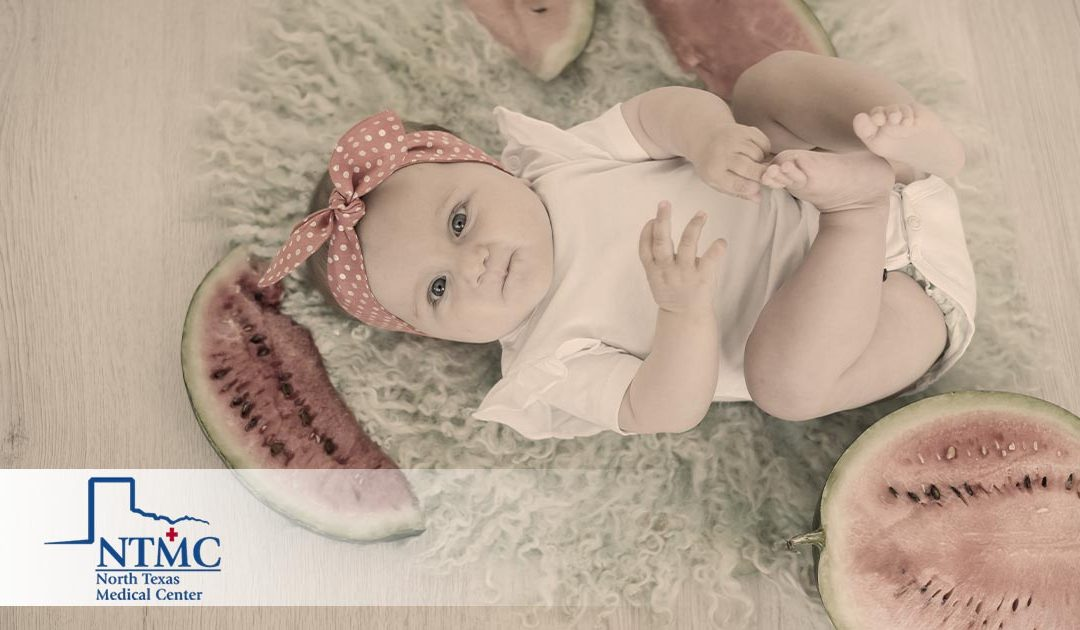 Baby's Fifth Month: Milestones Checklist